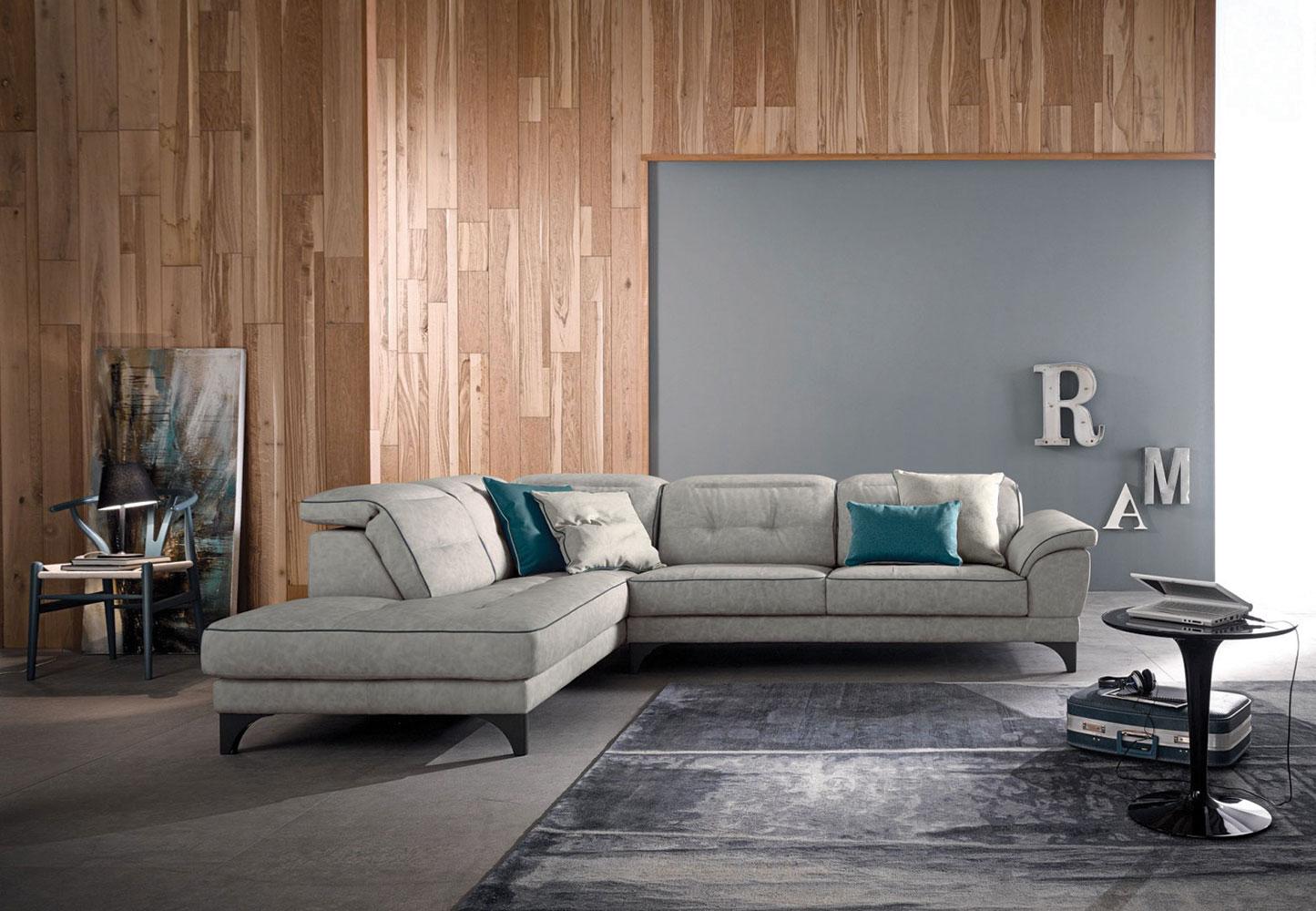 Centro dell 39 arredamento savona divano anastasia lecomfort for Divani componibili moderni
