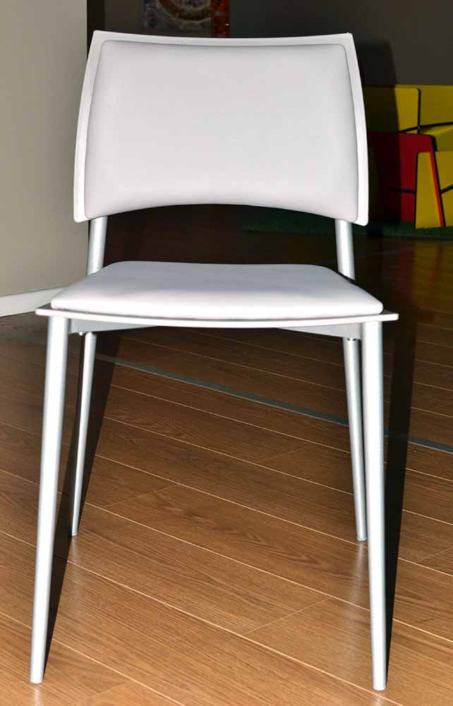 Sedia moderna happy target point centro dell for Sedia bianca moderna