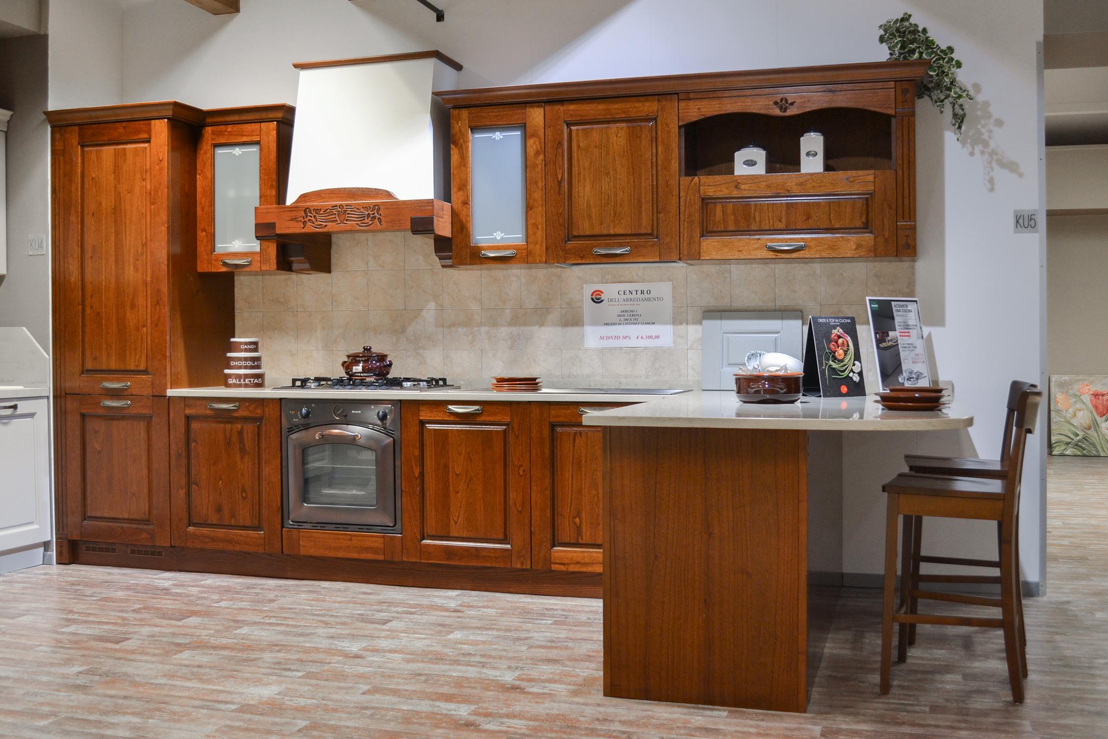 Cucina verona arredo3 centro dell 39 arredamento di savona for Sconti arredamento