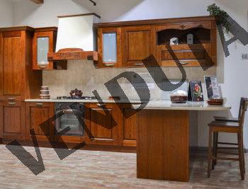 cucina classica tradizionale verona venduta al centro dell'arredamento ligure