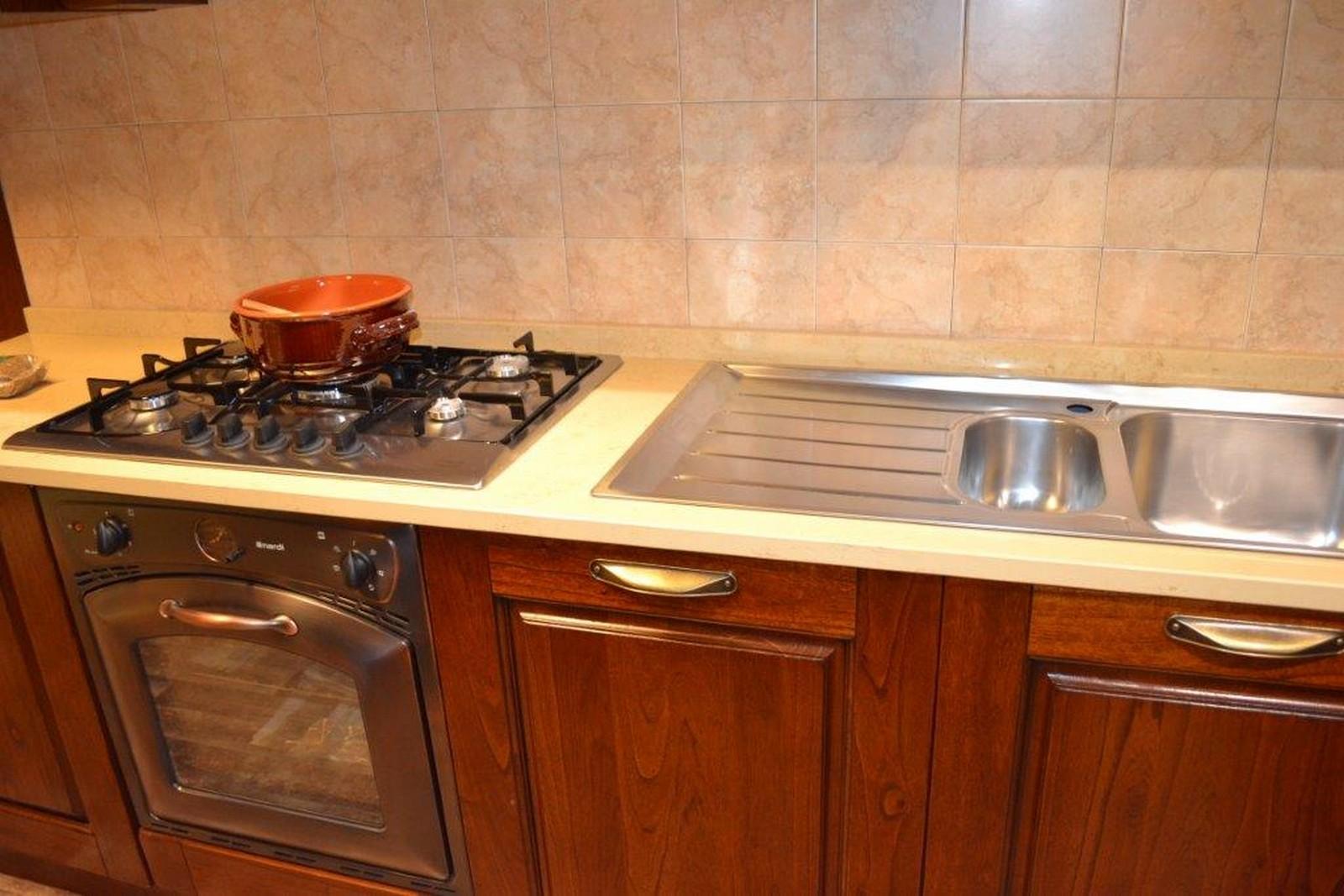 Cucina verona arredo3 centro dell 39 arredamento di savona for Centro dell arredamento savona