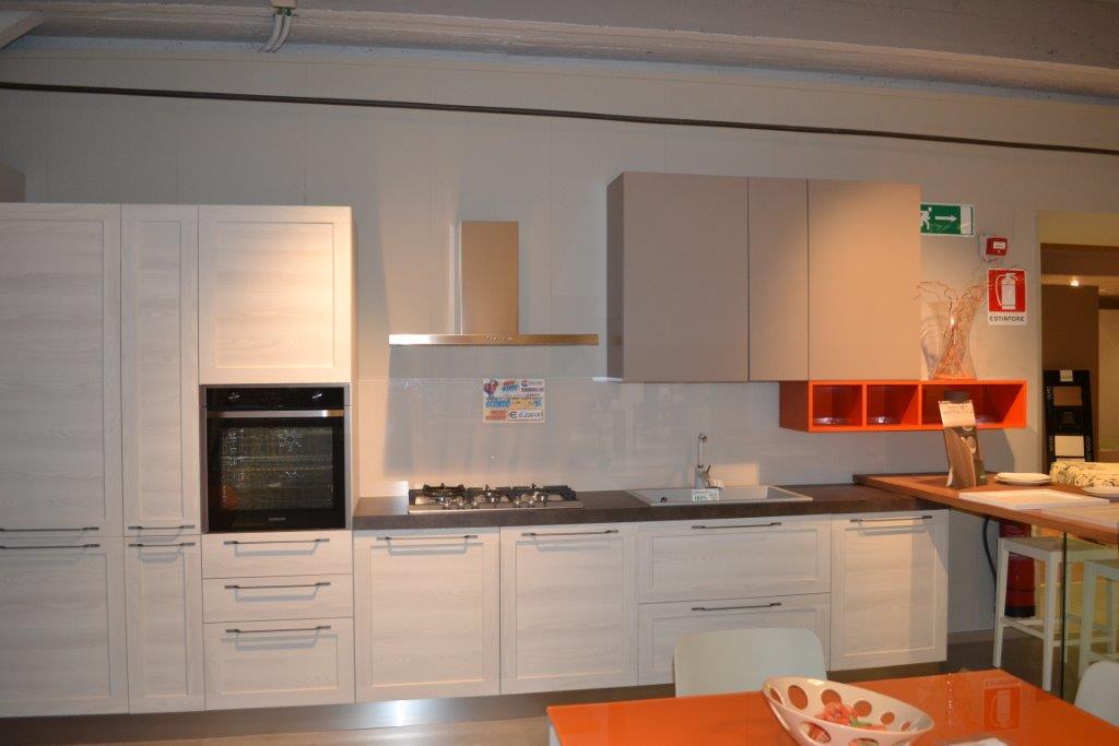 Cucine e cucine vado ligure amazing via aurelia vado - Cucine e cucine vado ligure ...