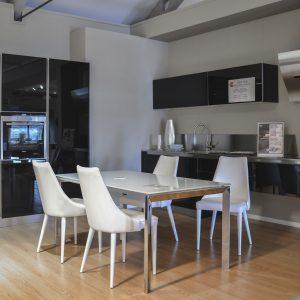 cucina-sconti-arredo3-glass-centro-arredamento