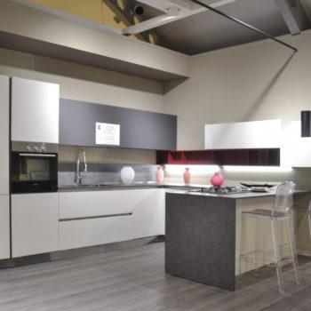 cucina-scontata-arredo3-modello-time-centro-arredamento-ligure