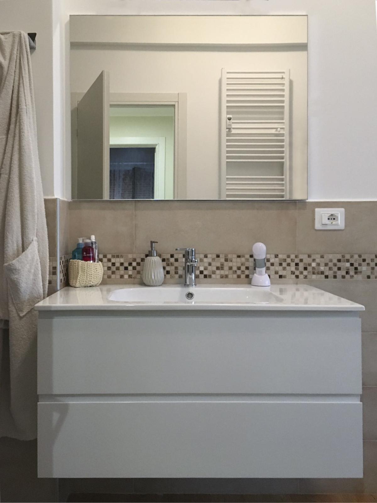 realizzazioni-mobile bagno-centro-dell-arredamento