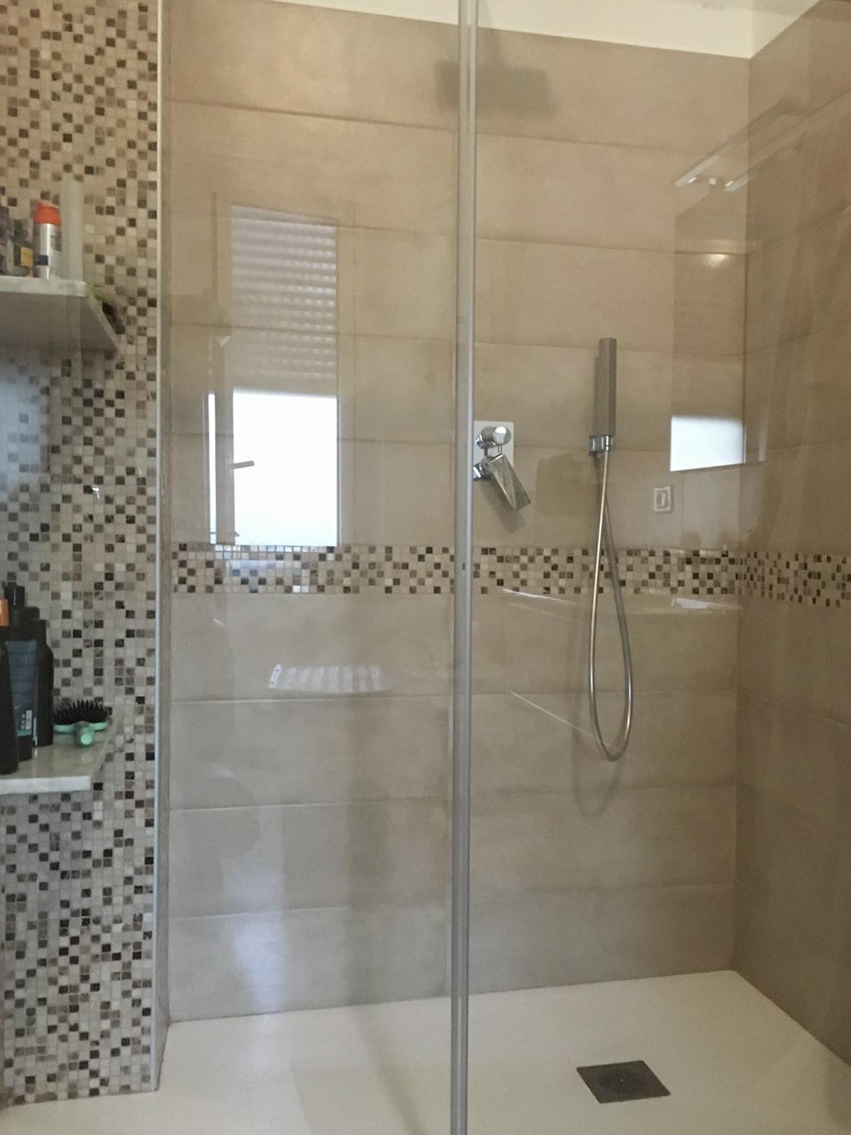 realizzazioni-piatto-doccia-centro-dell-arredamento