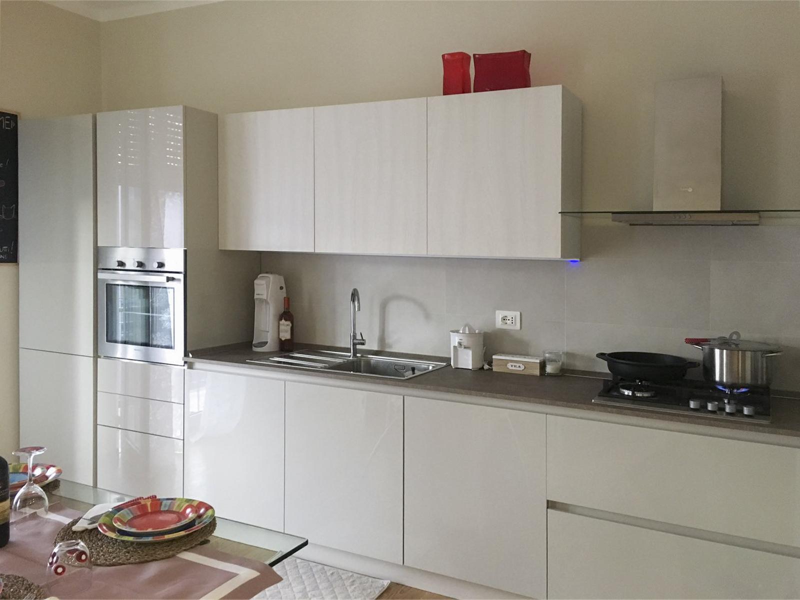 realizzazioni-cucina-centro-dell-arredamento