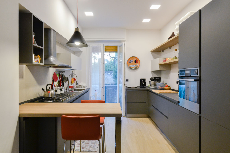 vista-cucina-ristrutturazione-casa-centro-arredamento-ligure