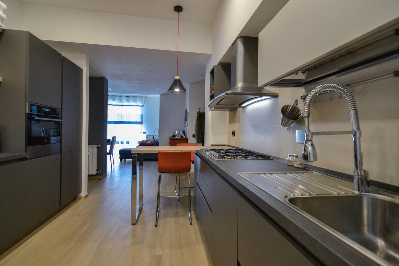 vista-cucina-centro-arredamento-ristrutturazione-casa
