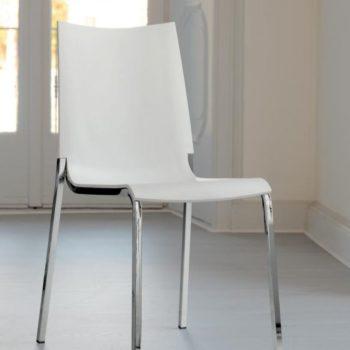 sedia eva by bontempi al centro dell'arredamento ligure in esposizione