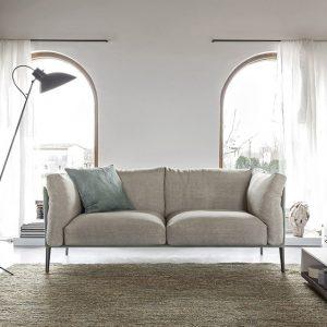 divano contemporaneo by novamobili modello kubì al centro dell'arredamento ligure