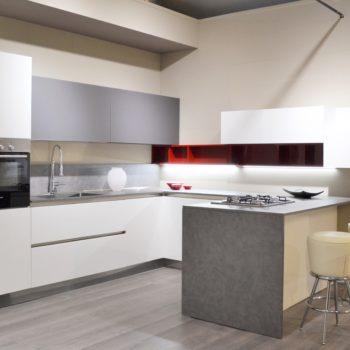 cucina modello time di arredo3 al centro dell'arredamento ligure