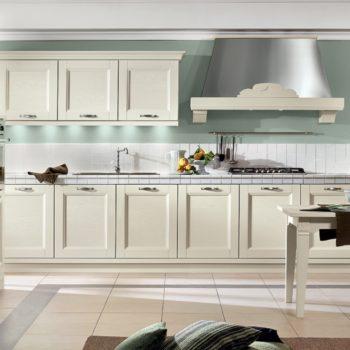 cucina gioiosa al centro dell'arredamento ligure