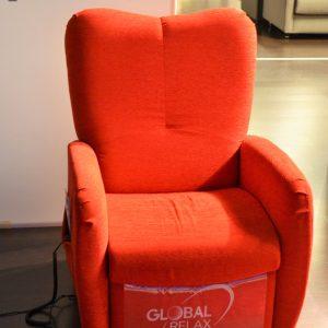 poltrona global relax reclinabile al centro dell'arredamento ligure