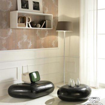 tavolino da salotto sasso al centro dell'arredamento ligure