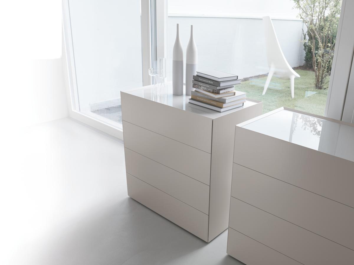 Centro dell 39 arredamento savona com cassettiera riquadro for Crea la tua casa online