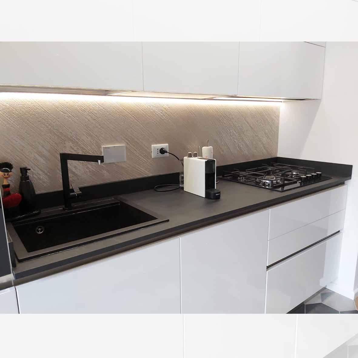 cucina-arredo3-top hpl-centro dell'arredamento-savona-interior design-genova