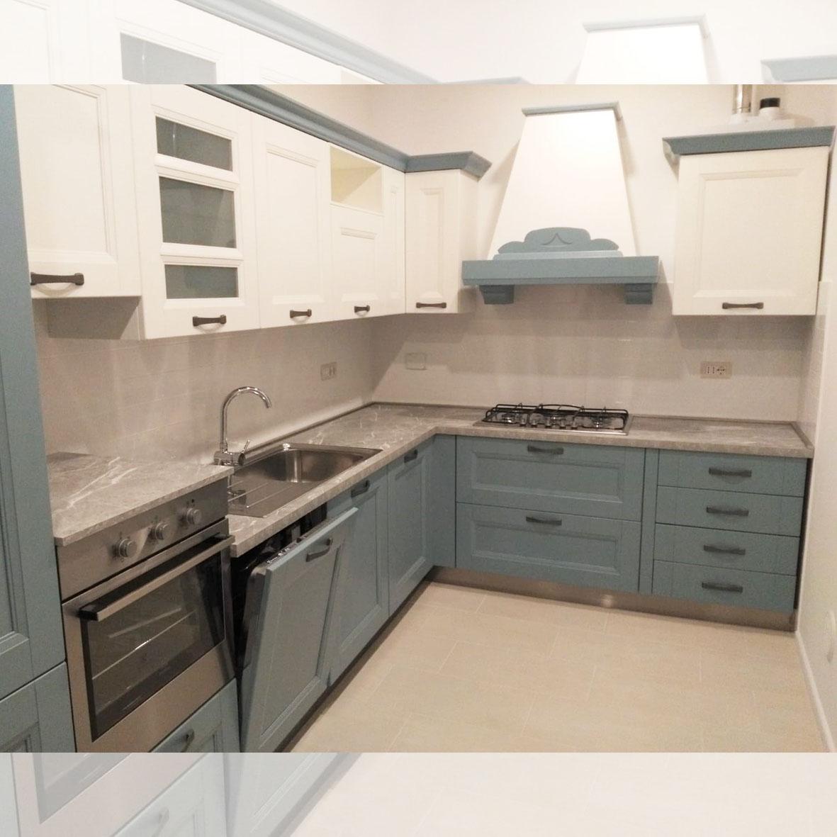centro dell'arredamento-savona-cucina-arredo3-gioiosa-cucina azzurra-classica