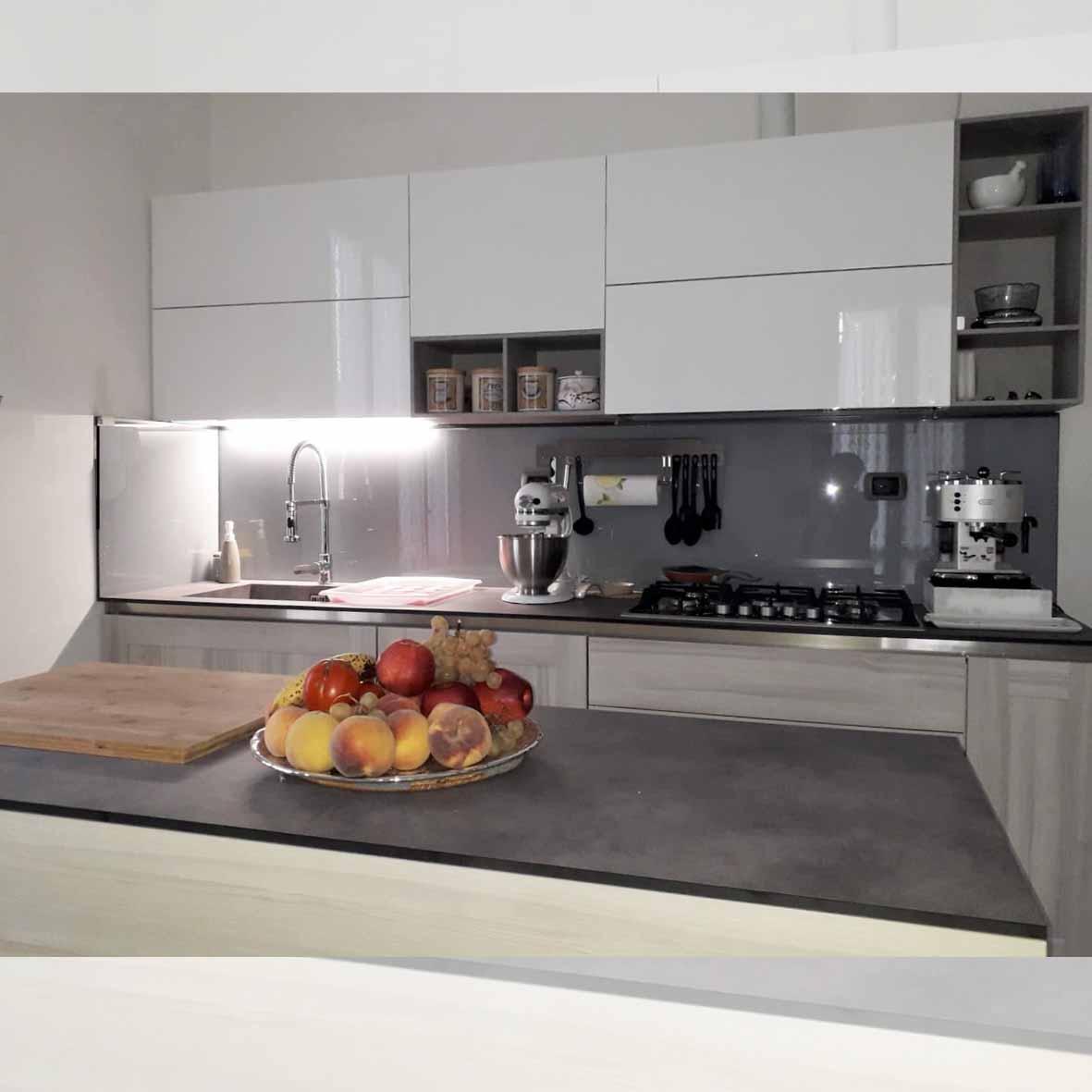 realizzazioni-centro dell'arredamento-savona-cucina-cloe-arredo3