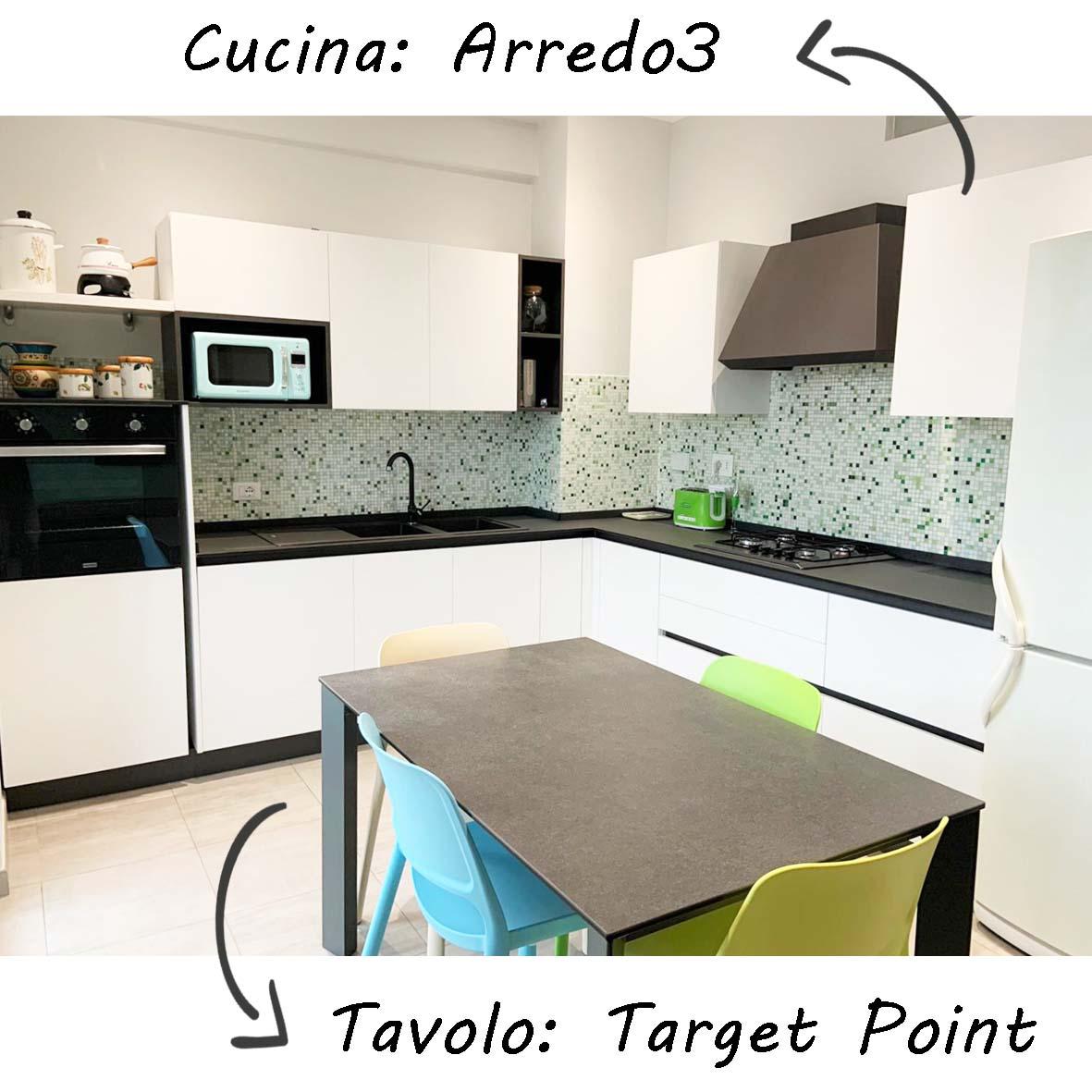 realizzazioni-centro dell'arredamento-savona-cucina-arredo3-cloe